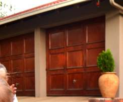 Single Garage Doors X2 PLUS Hardware