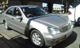 2004 model mercedes benz c180 classic,gold,185 000km,for sale