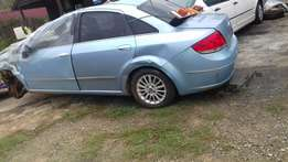 Fiat linea 1.4 emotion stripping for spares