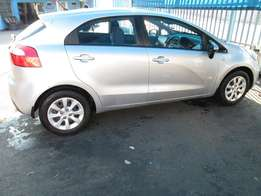 2011 kia rio 1.2 in excellent condition.