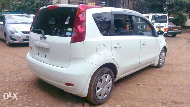 Nissan Note 2010 Pearl white, just arrived Westlands - image 2