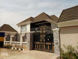 4 bedroom duplex for sale with boys quarter
