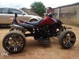 250CC quad power bike (4 legs)