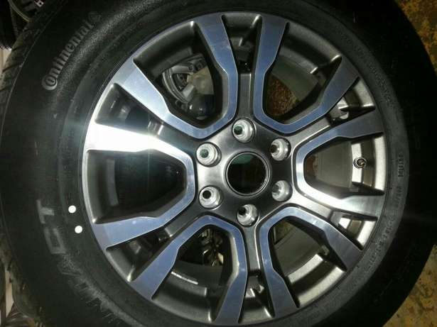 265/60R18 Contnental tyres and mags 18 inch for Ford Ranger on sale. Pretoria West - image 1