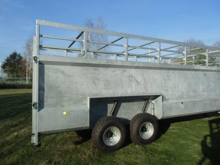 n3766  livestock