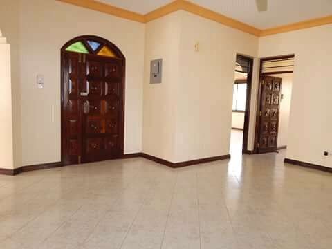 Executive 3BEDROOMS house available to let in kizingo,mombasa Vescon - image 5