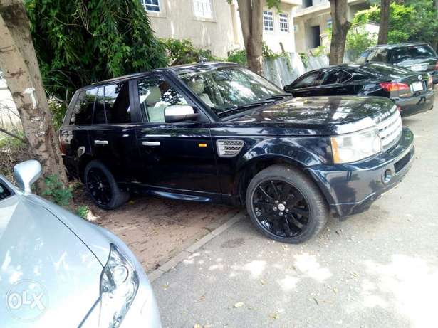 Cleanest Range Rover Sports for sale Maitama - image 4