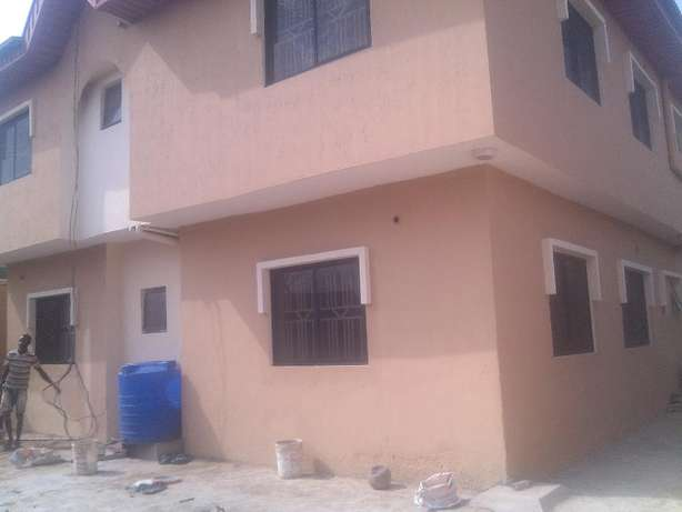 3 bedroom flat at omole phase 2 all room ensuit Ojodu - image 7