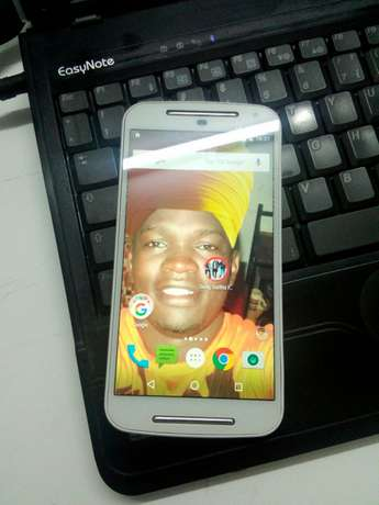 Selling my Motorola 2nd generation Kampala - image 4