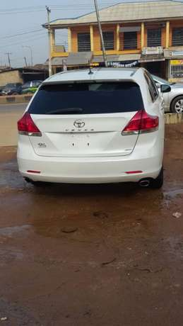 Tokunbo venza for sale full options 011 model Alimosho - image 3