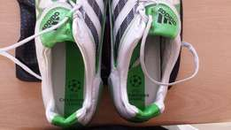 Perfect Brand new Adidas predator uefa champions league boots size 11!