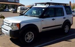 I'm selling my Land Rover Discovery 2006