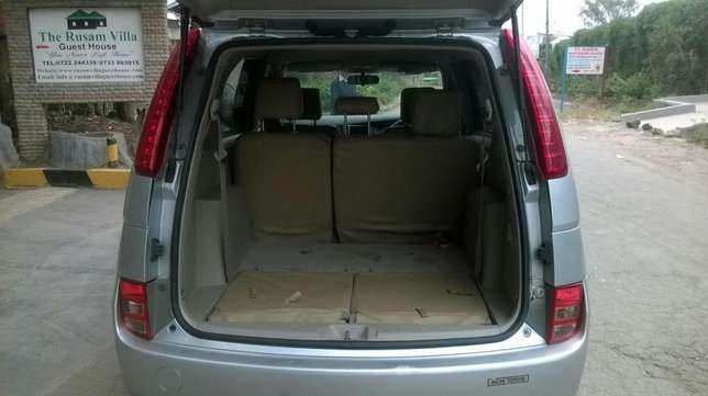 Toyota ISIS vvti 1800cc,very good condition South C - image 3
