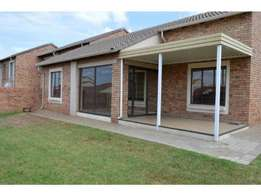 A lovely 2bed, 2bath Townhouse to let in Centurion Emerald Close.