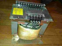 Transformer for linear power supply or isolation transformer