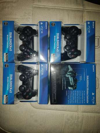 Sony dualshock 3 ps3 controlers R400 each sealed original sony remotes Mayfair - image 2