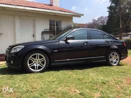 Mercedes C200 (AMG package)2009
