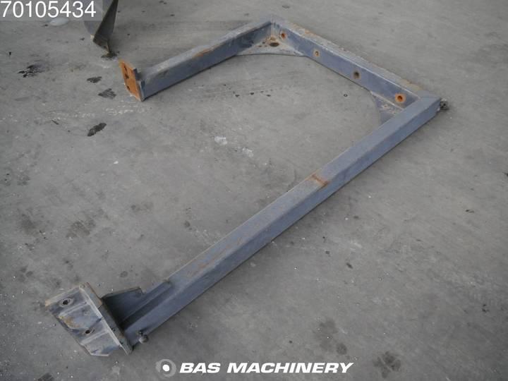 Hitachi EX165 German Dealer Machine - 2002 - image 18