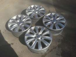 Good condition Genuine clean complete set of vw Amarok rims for sale