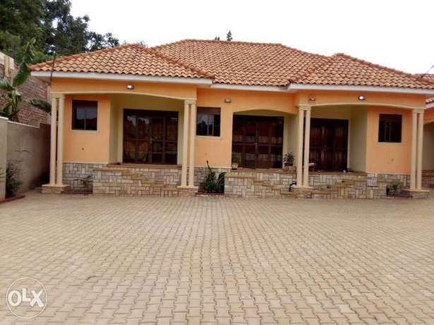 New main road double room affordable and splendid in Najeera Wakiso - image 3