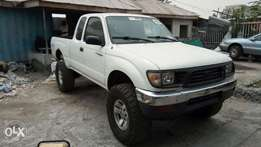 Manual Drive 1997 Toyota Tacoma SR5 V6 Pick Up With 4X4 Auxiliary.