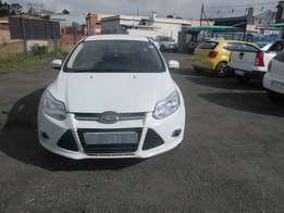 Ford Focus 1.6 2015 Model,5 Doors factory A/C And C/D Player
