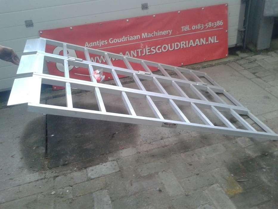 Rijplank Mobile Yard Ramp