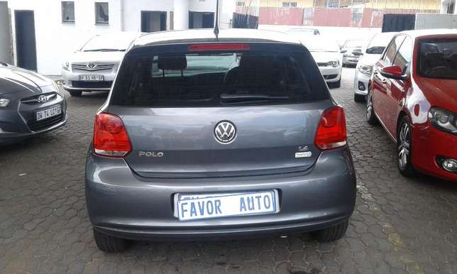 Vw Polo 6 1.4 Comfort-Line, 2012 Model with 95000Km Ellis Park - image 3