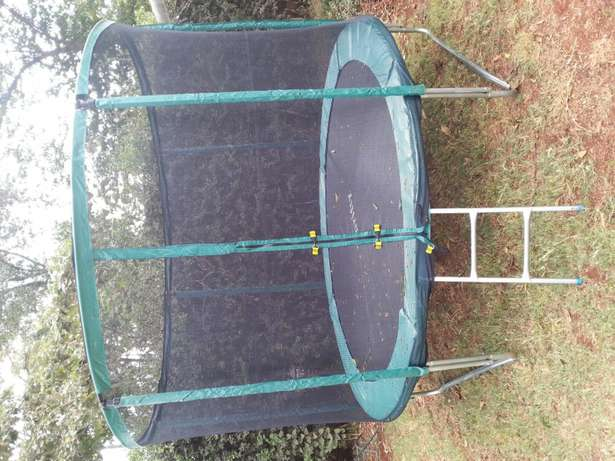 Sliding bouncing castle for hire and tents Ruaka - image 2