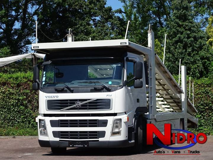 Volvo FM AUTOTRANSPORTER ACCINDENTS CARS EURO 4 ADBLUE - 2009