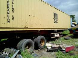 1 by 40ft flat body for sale.good to carrying container