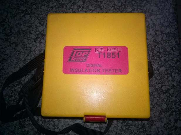 Megger insulation tester..see pictures Alberton - image 1