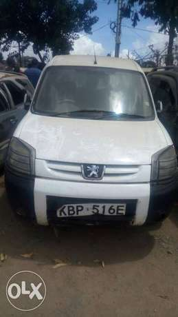 Peugeot salvage car for sale. Industrial Area - image 6