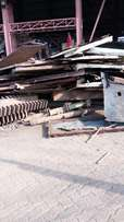 We buy Scrap Metals, Grounded Equip, Machines, Batteries, Generators