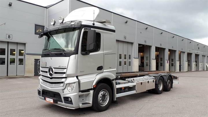 Mercedes-Benz 2551 L/6x2ena - 2014