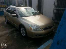 2007 honda accord leather tokunbo - Full option