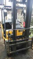 Caterpillar forklift 2.5tons