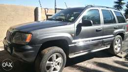 Jeep mags with tires (70%) for only R4500