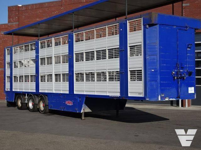 Finkl SAV35 3Stock Livestock trailer, Steering/lift Axle Loading - 2006