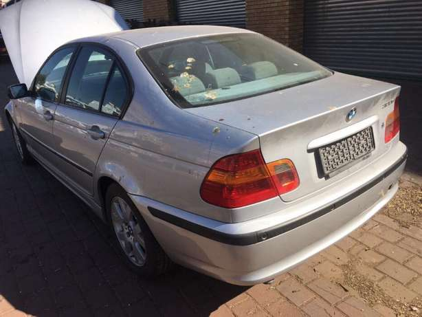stripping Bmw e46 facelift Sandton - image 1