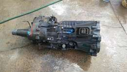 Isuzu 2.8 Gearbox and transmission Box