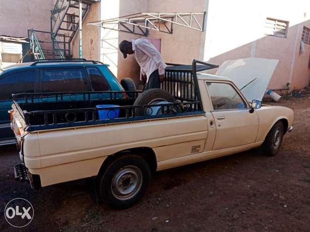 Peugeot 504 pick up for sale, working condition 5 speed inspected. Baba Dogo - image 1