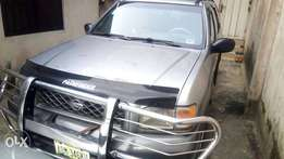 Clean Nissan Pathfinder, Niger-used, 99 model