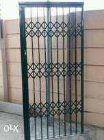 2 x Security Gates (diff sizes/ diff prices)