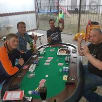 Poker table 8 seater