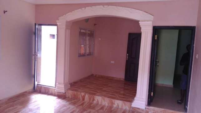 Sweet newly built 3 bedroom flat all room en-suit each room at Egbeda Alimosho - image 2