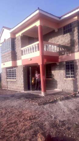 4 bedroomed maisonette at only 9.9M in Kitengela Kitengela - image 1