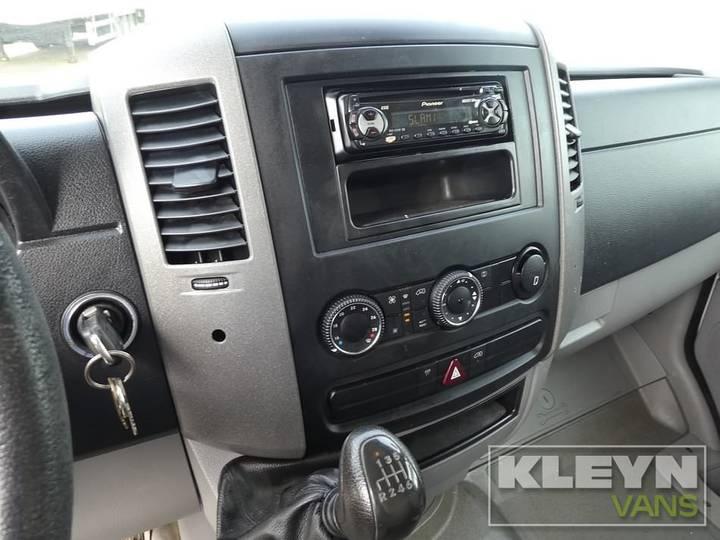 Volkswagen CRAFTER - 2008 - image 12