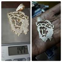 Pure solid 18 karat penadat gold for