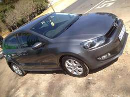 2013 polo 6 1.6 grey in colour 48000km R138000